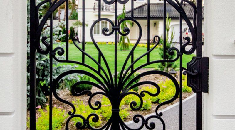 Brama kuta - stylowa wizytówka domu