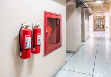 Wyłącznik przeciwpożarowy (ppoz) – wymagania bezpieczeństwa dla nowoczesnych obwodów